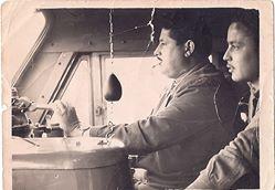 Fernando Ramos con su padre maquinista.