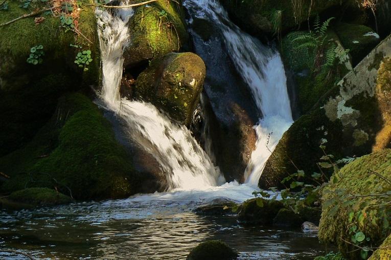 El Riamonte, río pequeño.