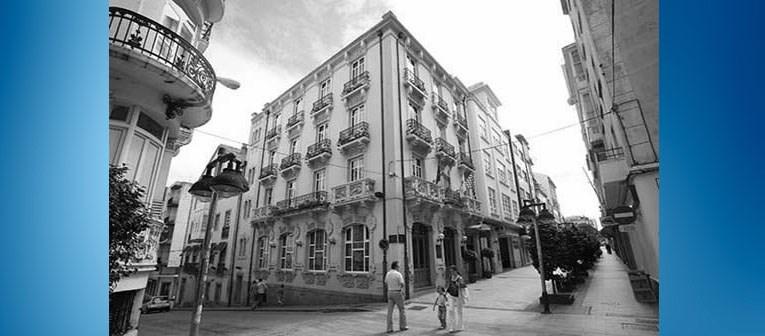 El antiguo Hotel Suizo de Compostela.