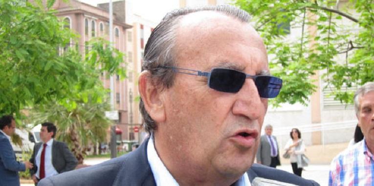 Carlos Fabra, de paseo por Castellón.
