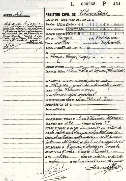 """Certificado de defunción de O Piloto, en el que se puede leer que murió víctima de una """"hemorragia cerebral"""". No incluye ninguna referencia al disparo que acabó con su vida. (Archivo: A.P.)"""